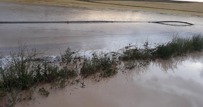 Tarım arazilerini sel vurdu!