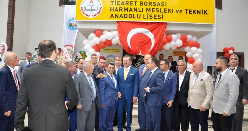 Bursa'da Tarım Lisesi'ni Başkan Hisarcıklıoğlu açtı