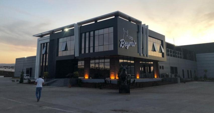 Güneydoğu Anadolu'nun en modern et entegre tesisi Diyarbakır'da açıldı