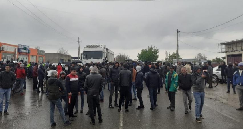 Gürcistan'da korona nedeniyle ürünlerini satamayan çiftçilerden protesto